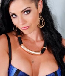 ANNASTACIA - topless waitress gold coast